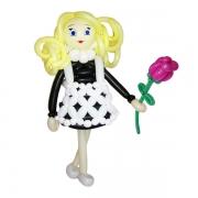 Девочка школьница, фигура из воздушных шаров