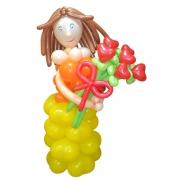 Девочка и букет, композиция из воздушных шаров